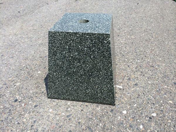 束石 グリーン 磨き