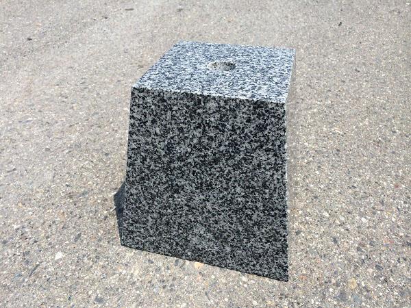 束石 グレー 磨き
